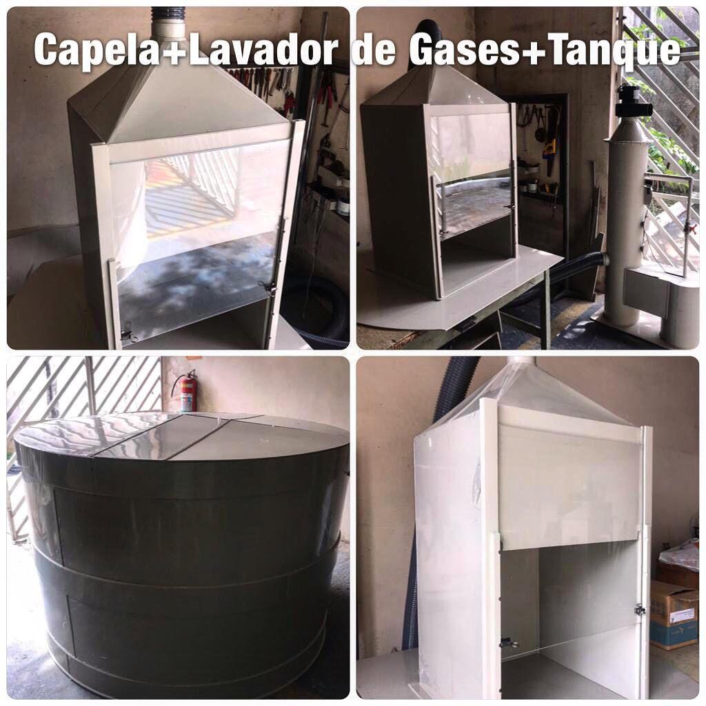 Lavador de gases com capela e tanque reservat´rio em polipropileno